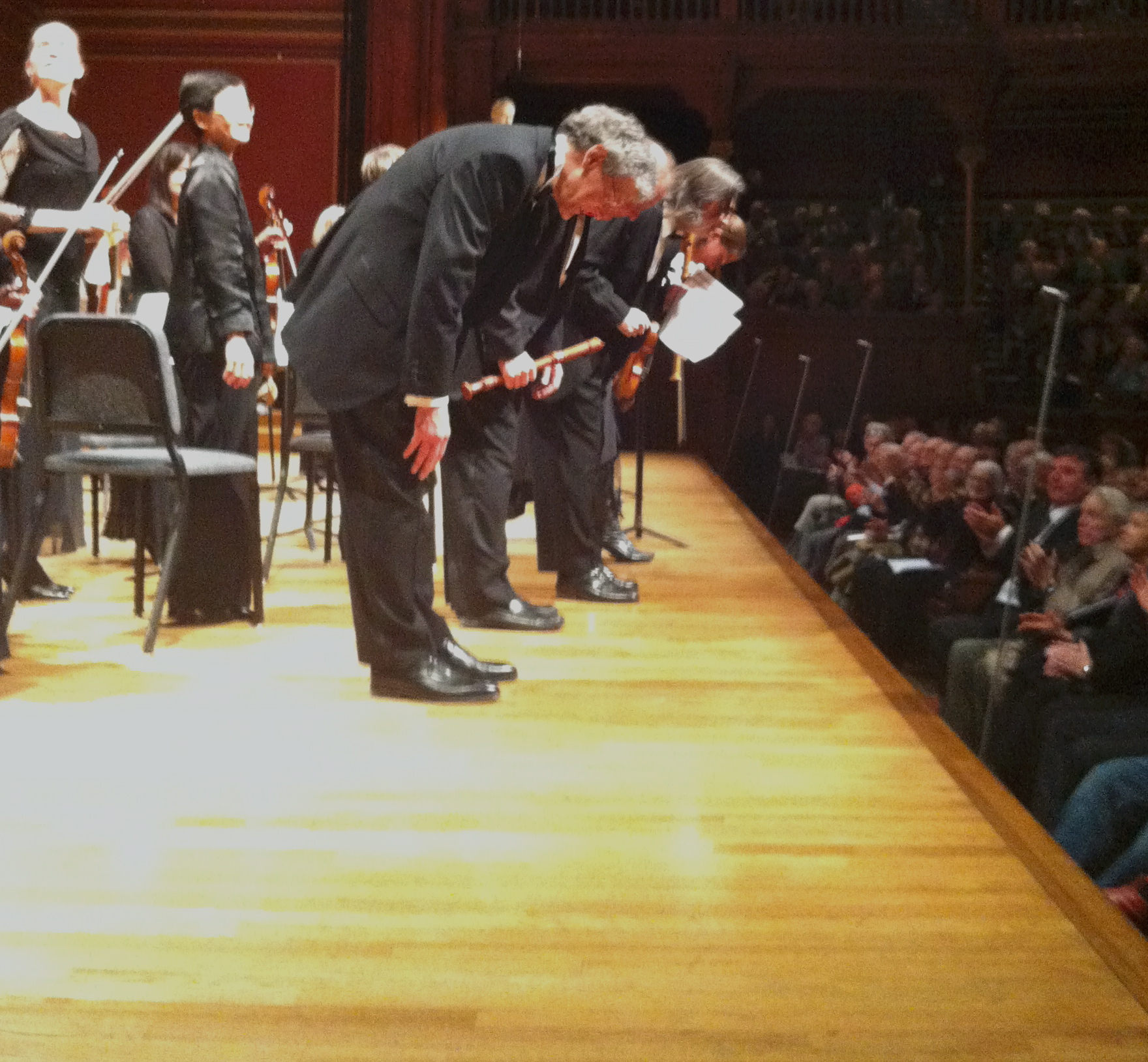 Bows for conductor and soloists...